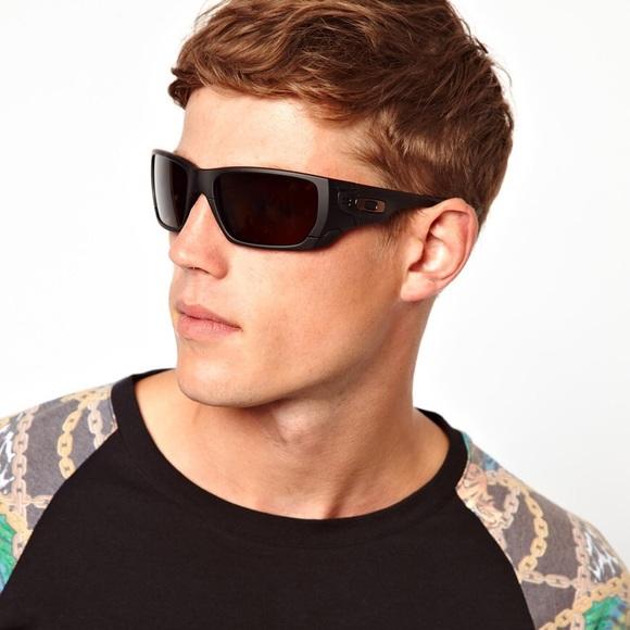 4dd2805902 Oakley Style Switch Polarized Sunglasses. M 5a64f5ed3a112e59b0d3e023